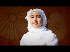 "Сәидә Мөхәммәтҗанова (12 яшь) - ""Йә, Аллаһым"". [Saida Muhammadjan - O, Allah] 鞑靼民族音乐 - YouTube"