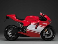 The Ducati Desmosedici RR (Racing Replica), was claimed to be the first true road-legal replica of Ducati's 2006 Desmosedici MotoGP race bike. Ducati 916, New Ducati, Ducati Motorcycles, Custom Motorcycles, Honda Custom, Motorcycle Design, Motorcycle Style, Bike Design, Ducati Desmosedici Rr