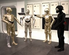 Star Wars IV, androids. War In Space, Princesa Leia, Star Wars Jokes, Star Wars Room, Star Wars Design, Star Wars Episode Iv, Star Wars Pictures, Star Wars Droids, Star Wars Ships