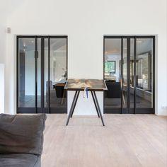 Stalen deuren met een handvat verwerk door het glas Conference Room, Modern, Furniture, Design, Home Decor, Trendy Tree, Decoration Home, Room Decor