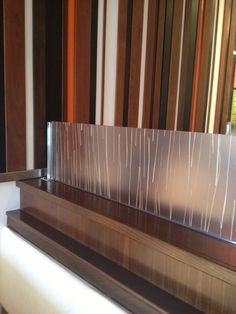 Glass partition on top of pony wall to separate dining areas Partition Design, Glass Partition, Toddler Proofing, Organic Restaurant, Pony Wall, Half Walls, Grill Design, Wall Bar, Home Repair