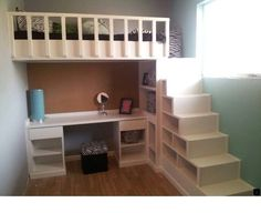Awesome Built-In Bunk Beds Ideas to Make an Enjoyable Bedroom Design – TSP Home Decor - Königin Hochbett Mit Treppe – Schlafzimmer - Loft Bed Desk, Bunk Bed With Desk, Bunk Beds With Stairs, Kids Bunk Beds, Bedroom Loft, Bedroom Storage, Storage Stairs, Bed Storage, Diy Bedroom