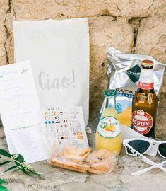 Trendy Wedding Favors Sunglasses Welcome Bags 64 Ideas Italian Wedding Favors, Elegant Wedding Favors, Unique Wedding Favors, Trendy Wedding, Wedding Bags, Wedding Souvenir, Wedding Ideas, Nautical Wedding, Summer Wedding
