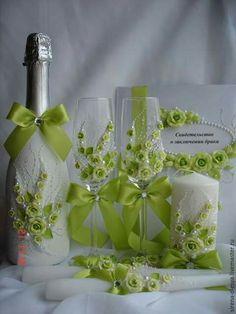 Copas y botella muy delicadas