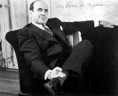 My boss - Al Capone Real Gangster, Mafia Gangster, Al Capone, 1920s Gangsters, America's Most Wanted, Chicago Outfit, The Valiant, Pablo Escobar, Bad Boys