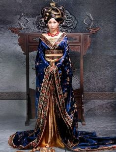 Ancient Chinese Empress costume