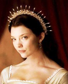 1k gifs* edits: mine The Tudors Anne Boleyn natalie dormer gotedit thgcastedit ndormeredit thetudors* anneboleyn*