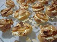 Bruschettas de pera, amêndoas e mel - Cozinha Fácil