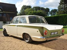 Lotus Cortina – Family Car Turned Into a Racing Beast! Classic Cars British, British Sports Cars, Ford Classic Cars, British Car, Ford Lincoln Mercury, Retro Cars, Vintage Cars, 70s Cars, Car Photos