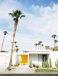 Palm Springs, USA Offers in the best selling hotels book now, cancel at no cost Luxury Hotels · Price Guarantee · Opinions· Free Hotel Nights · Last Minute Deals Types: Spring Architecture, Modern Architecture, Palm Springs Houses, Palm Desert, Desert Oasis, Desert Homes, Mid Century House, Spring Home, Mellow Yellow