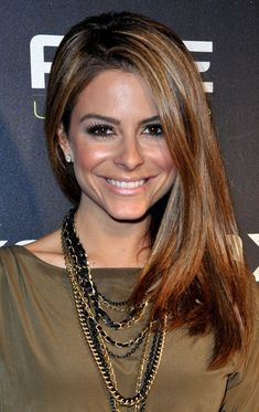 Maria Menounos - her hair and makeup is so spot-on
