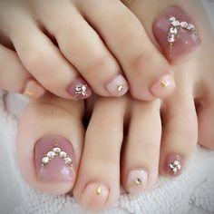 Installation of acrylic or gel nails - My Nails Pretty Toe Nails, Cute Toe Nails, Toe Nail Art, Pedicure Designs, Manicure E Pedicure, Toe Nail Designs, Pedicures, Plaid Nails, Swag Nails