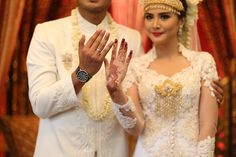 Pernikahan Adat Palembang Icha dan Aga - Photo 8-15-15, 11 10 33 AM