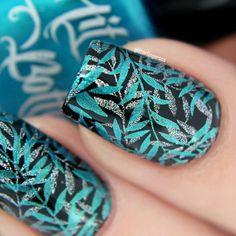 Nail Stamping nail at stamping Natural Wedding Nails, Simple Wedding Nails, Wedding Nails Design, Acrylic Nail Art, Nail Art Diy, Easy Nail Art, Cool Nail Art, Nail Stamping Designs, Stamping Nail Art