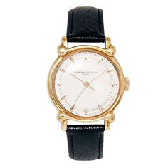 VACHERON & CONSTANTIN Yellow Gold Wristwatch with Center Seconds and Unusual Lugs circa 1950s