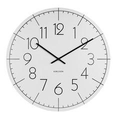 Všichni víme, že čas je nekonečný. Ale co jste možná netušili, je to, že také hraje barvami. A že se dokáže přizpůsobit moderní době. Alespoň tak vypadá čas v podání značky Present Time, která míchá minimalistický design spolu s velkou škálou různých odstínů. A výsledkem jsou překvapivě hravé hodiny.