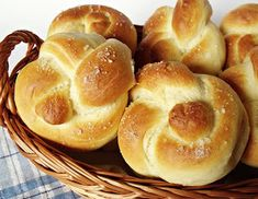 Bread Dough Recipe, Ring Cake, Galette, Bread Rolls, Croissants, Scones, Doughnut, Bread Recipes, Ham