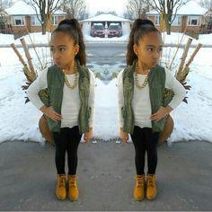 Kidz Fashion™ By photo Outfits Niños, Girls Fall Outfits, Little Girl Outfits, Cute Outfits For Kids, Toddler Girl Outfits, Cute Little Girls, Fashion Outfits, Toddler Girls, Cute Kids Fashion