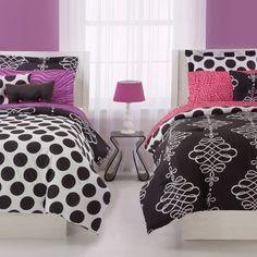 Coordinado reversible. Diferentes estampados en cada cama, mismos colores. Cute shared room design for girls with reverse bedding!
