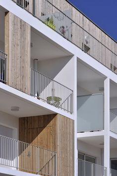timber screen balcony metal railing