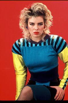 1983 photo of Kim Wilde Pop Singers, Female Singers, Pop Fashion, Girl Fashion, Vintage Fashion, Hero 6 Movie, Kim Wilde, Bonnie Tyler, Pat Benatar