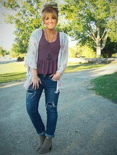 Cut peplin shirt, jeans and kimono cardi  | Stylin' Mommies