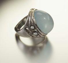 Audrius Krulis ring Heart Jewelry, Diy Jewelry, Jewelry Rings, Jewellery, Drip Drop, Amber Crystal, Love Ring, Lotr, Gemstone Rings