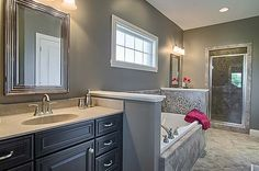 Love this bathroom design. Love everything about it.