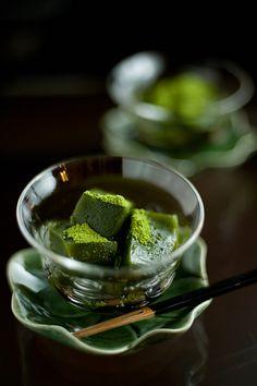 Japanese sweets / 抹茶わらびもち Matcha Warabi Mochi