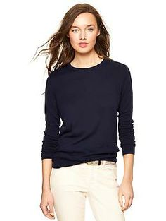 Navy Luxlight Sweater (GAP, 39,95 $) :  Lightweight and luxe silky knit, long sleeves, crewneck with interior contrast trim #Haul