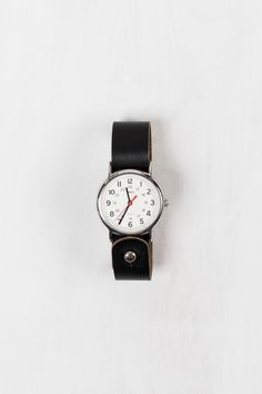 Loving this simple classic watch.