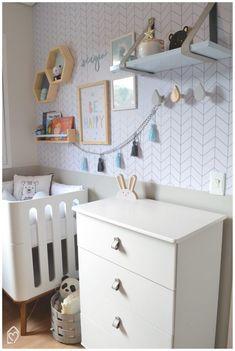 Objetos com couro na Decor - ideias lindas para usar couro na decoração e deixar os ambientes incríveis Babe, Room, Kids, Furniture, Home Decor, Babies Rooms, Grandchildren, Cabinet Knobs, Minimalism