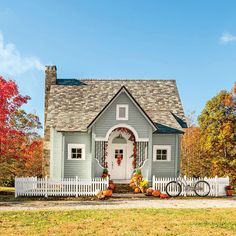 Nestled in Cloudland Station, a Southern Living Inspired Community in Georgia, this cabin caught our eye. Architect: Durham Crout Size: 1,600 square feet Plan Name:Cloudland Cottage #1894; housepl...