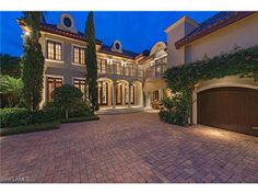 Luxury waterfront estate home on Galleon Drive in Port Royal   Naples, Florida