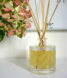Coming soon – Chateau de la Ruche Make: DIY Reed Diffuser Homemade Reed Diffuser, Diffuser Diy, Reed Diffuser Oil, Diffuser Sticks, Ana White, Essential Oil Diffuser Blends, Essential Oils, Diy Cutting Board, Linen Spray