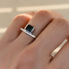 White Gold and Tourmaline Ring jewelry Persia Birthstone Ring Modern Jewelry, Gold Jewelry, Jewelry Accessories, Fine Jewelry, Jewelry Design, Jewelry Rings, Gold Bracelets, Diamond Earrings, Jewellery