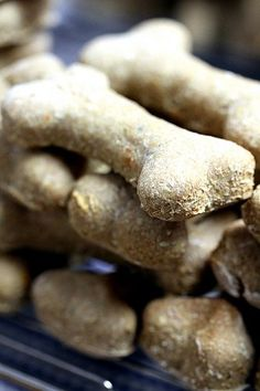 Shop-bought dog biscuits are okay but home made dog treats are much better! Why not give your dog a special biscuit treat with our easy dog biscuit recipes?