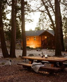 lovely.. what cottage is complete without a picnic table and a cozy fire.