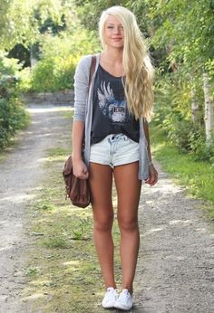 Cardigan, Dark -T, white shorts and white shoes (converse)