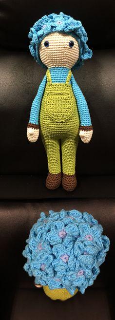 Hydrangea Hank flower doll made by Estrella RM - crochet pattern by Zabbez