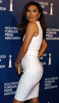 How Eva Longoria gets her curves and more fashion news!