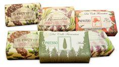 Sabonetes italianos feitos com óleo vegetal de 250g. Visite www.alecrimdouradoaromas.com.br e... inspire suas emoções!