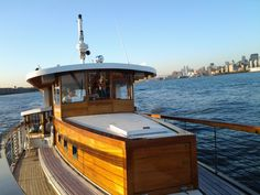 Perfect seating aboard this elegant yacht to take in the views that the New York City Skyline have to offer.