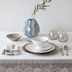 Image 1 of the product Jacquard linen napkins and tablecloth