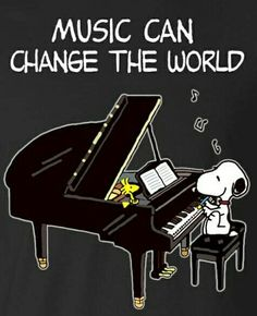 Charles Schulz's Peanuts Snoopy and Woodstock Peanuts Cartoon, Peanuts Snoopy, Snoopy Cartoon, Kinds Of Music, Music Love, Charlie Brown Cafe, Snoopy Quotes, Snoopy And Woodstock, Music Humor