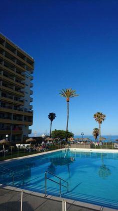 La piscina del Hotel La Barracuda #torremolinos #Málaga #andalucía #Hotel #vacaciones
