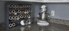 moderne küchengestaltung mit stilvoller gewürzaufbewahrung Roulette, Shoe Rack, Home, Organization, Modern Kitchen Designs, Shoe Racks, Ad Home, Homes, Haus