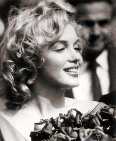 ❤ Marilyn Monroe ~*❥*~❤ Candid Marilyn