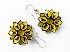 Paper earrings –Bumble bee quilling sunflower earrings/ black and yellow honey bee/ paper jewelry/ statement earring/ first anniversary gift Paper Quilling Earrings, Paper Quilling Flowers, Paper Quilling Designs, Quilling Paper Craft, Quilling Patterns, Paper Crafts, Quilling Ideas, Flower Paper, Paper Art