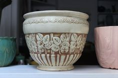 """Weller Pottery Jardiniere Clinton Ivory Large 10"""" Ohio Matte Glaze VINTAGE by Plantdreaming"""